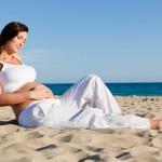 Беременность летом: чего опасаться и как себя вести