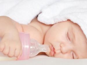 Что взять в роддом из медикаментов для новорожденного
