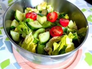 Салаты и беременность. Что из компонентов салата полезно беременным и нет?