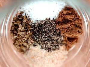 Соль, чеснок и специи при беременности