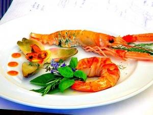 Дары моря и беременность: можно ли кушать икру, креветки и мидии