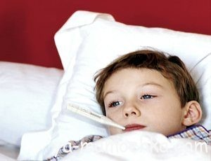 Жаропонижающая терапия и медикаменты от температуры для детей