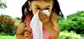 Насморк у младенцев и детей до 2 лет — лечение, медикаменты