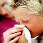 Ринит (насморк) у ребенка — временный и хронический